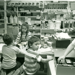 IXs, Store, 1990