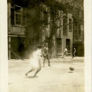 IXs_Yard_Soccer_1926.jpg